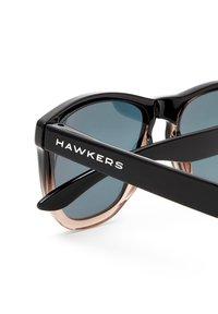 Hawkers - ONE FUSION - Solglasögon - black - 4