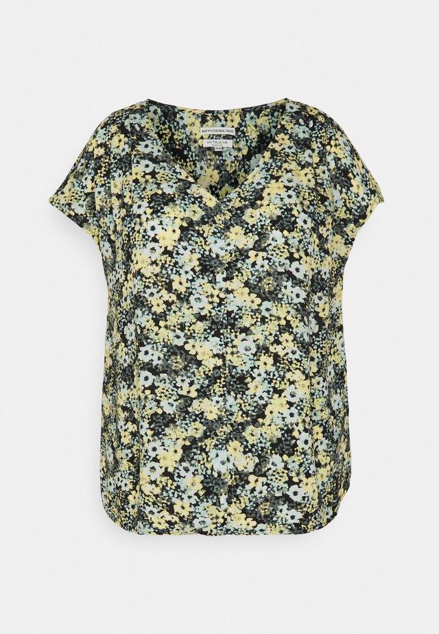 BLOUSE WITH SHOULDER PLEATS - Camiseta estampada - multicolor
