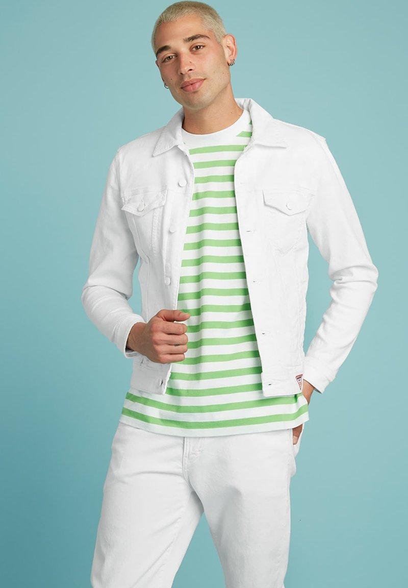 Guess - SLIM - Denim jacket - weiß