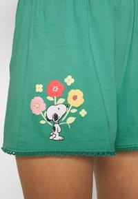 women'secret - SHORT PANT - Pyjama bottoms - green - 3
