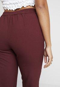 ONLY Petite - ONLFOCUS PANT - Trousers - tawny port - 4