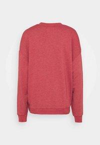 American Eagle - KEY ITEM CREW  - Sweatshirt - rust - 1
