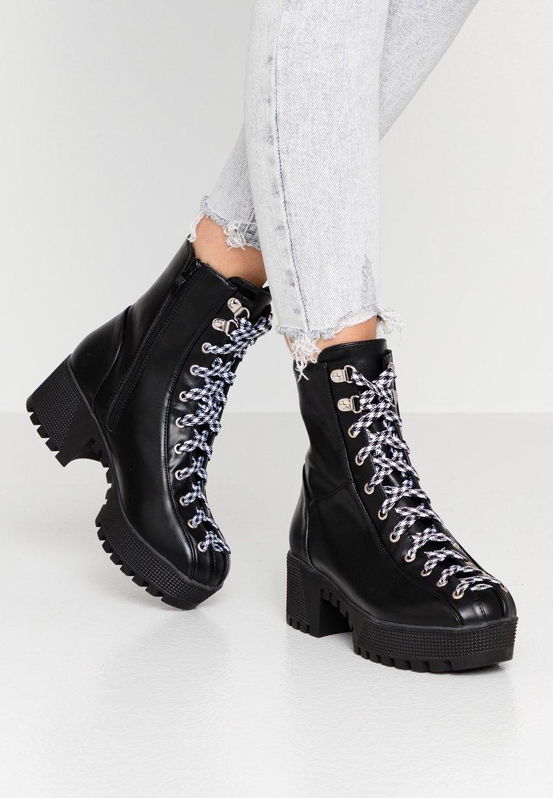 co wren - Platform ankle boots - black
