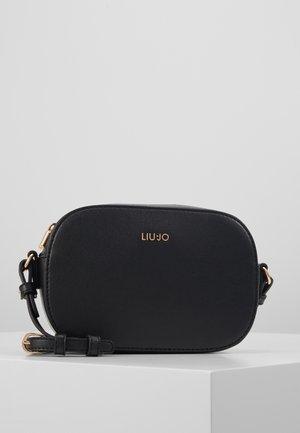 CAMERA CASE NERO - Across body bag - black