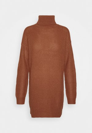 ROLL NECK BASIC DRESS - Strikkjoler - mocha