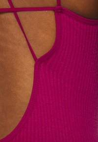 BDG Urban Outfitters - STRAPPY BACK THONG BODYSUIT - Top - raspberry - 4