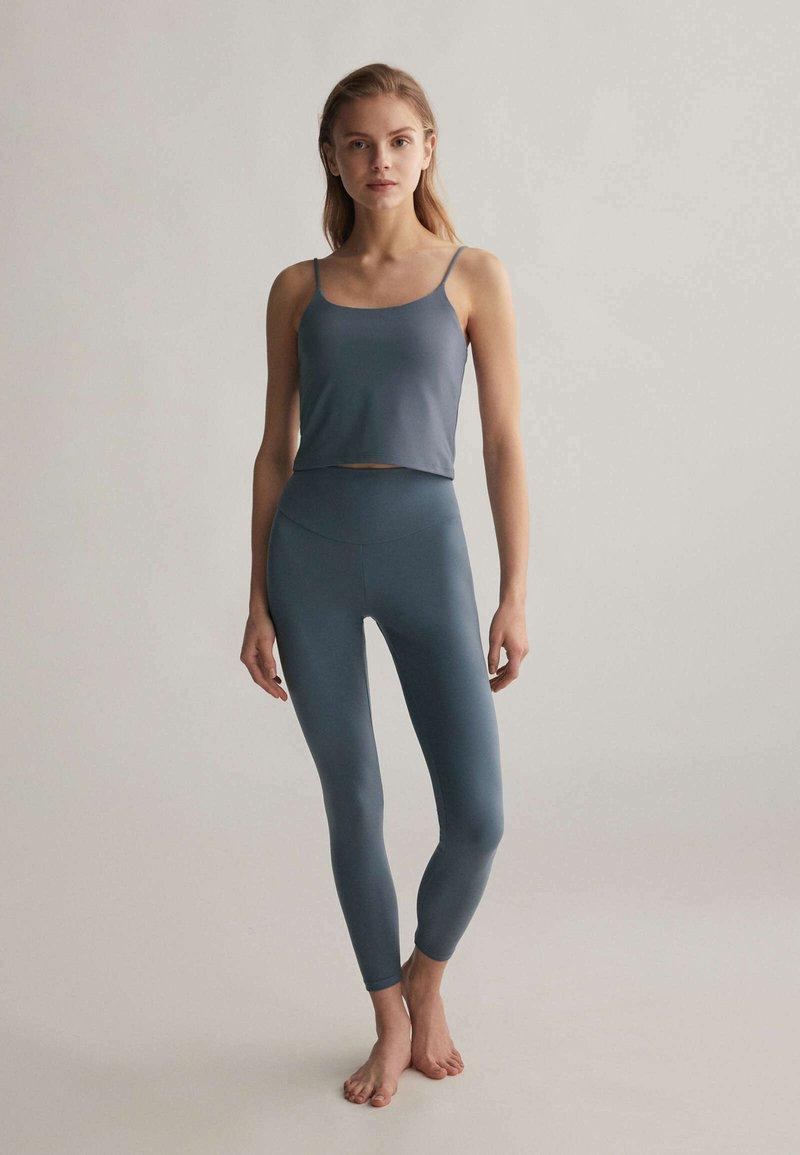 OYSHO - Leggings - blue