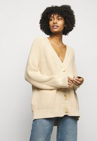 House of Dagmar - BEATA  - Cardigan - sand - 0