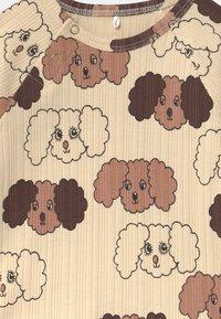Mini Rodini - FLUFFY DOG UNISEX - Long sleeved top - beige - 2