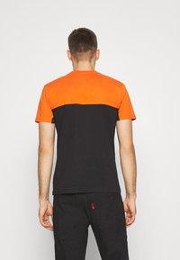Napapijri - ICE - T-shirt con stampa - black - 2