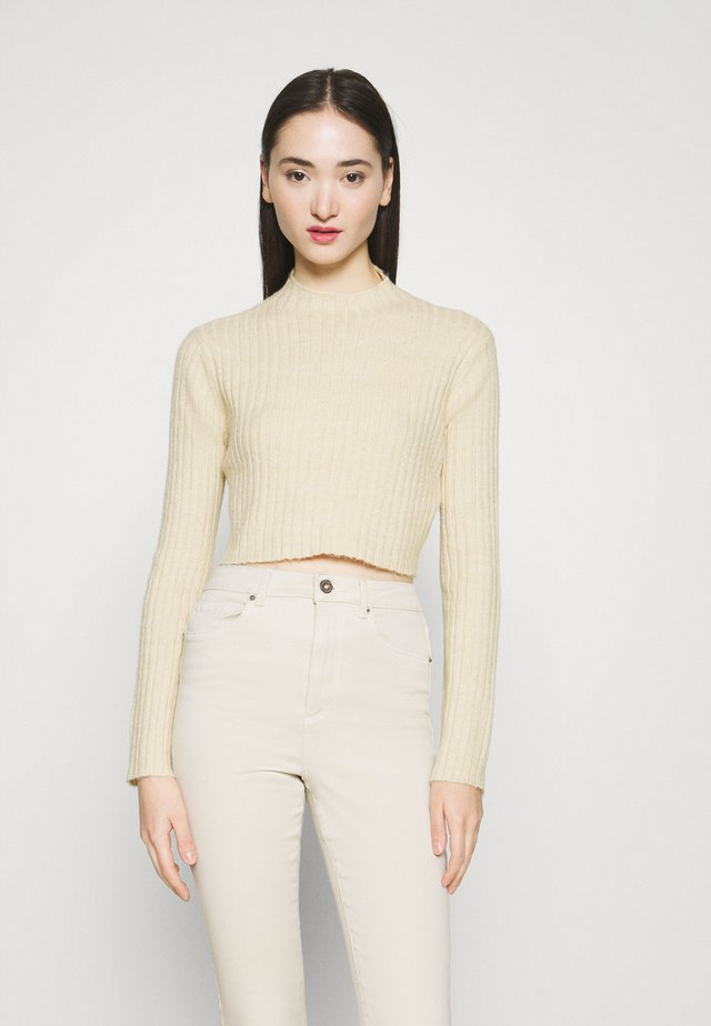 HIGH CROPPED RIB JUMPER - Svetr - beige