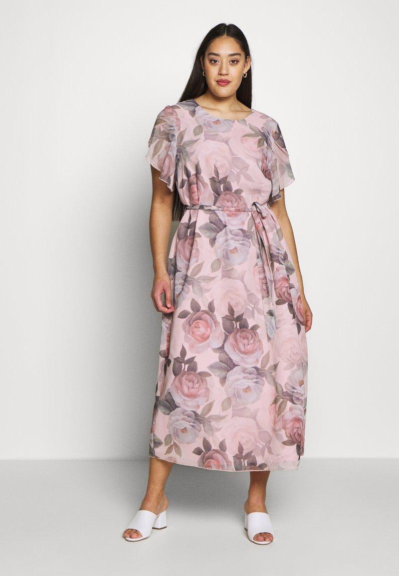 Chi Chi London Curvy - SHANTAL DRESS - Day dress - pink