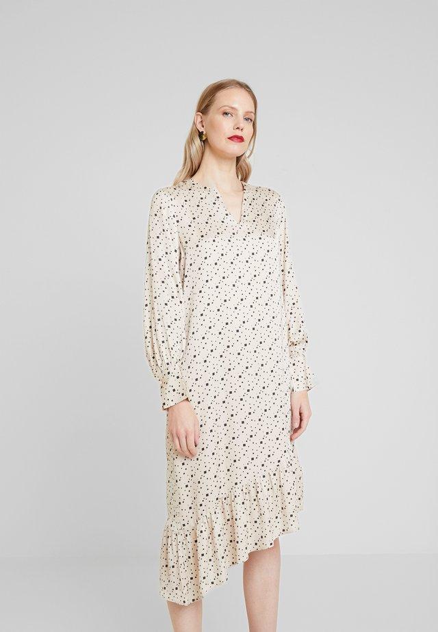 HANNA - Sukienka letnia - cement