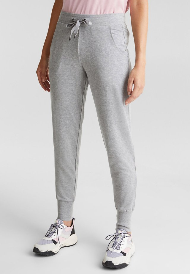 SAMTIGE SWEAT MIT BIO-BAUMWOLLE - Tracksuit bottoms - medium grey