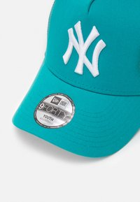 New Era - TONAL TRUCKER NEW YORK YANKEES UNISEX - Pet - petrol - 3