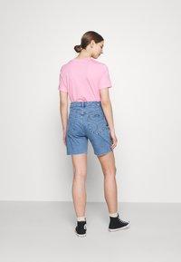 Rolla's - CLASSIC CUTOFF - Shorts di jeans - cindy blue - 2