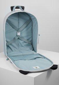 Lässig - ABOUT FRIENDS PAU PANDA - Wheeled suitcase - grey - 5