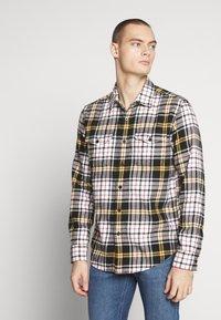 American Eagle - PRET PLAID - Shirt - yellow - 0