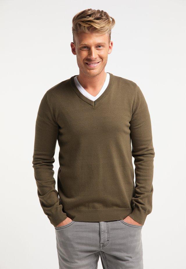 Stickad tröja - militär oliv