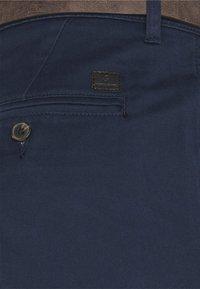 Jack & Jones - JJICODY JJSPENCER - Chino - navy blazer - 2