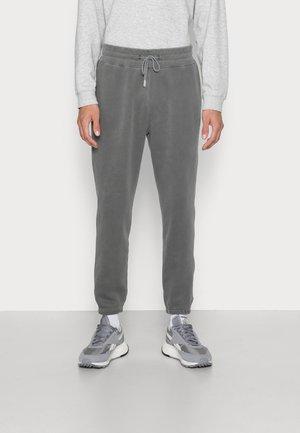 MATCHBACK CINCH - Pantaloni sportivi - dark grey wash