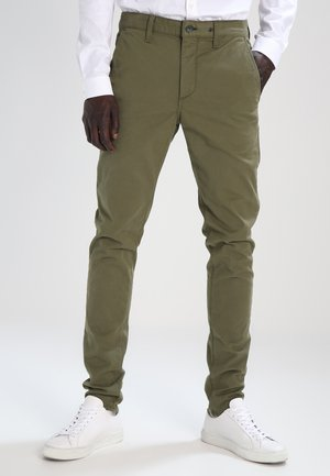 FIT - Chinos - army