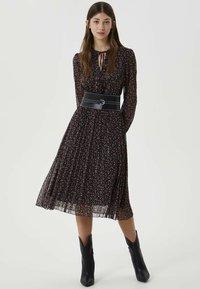 Liu Jo Jeans - WITH BELT - Day dress - black - 1