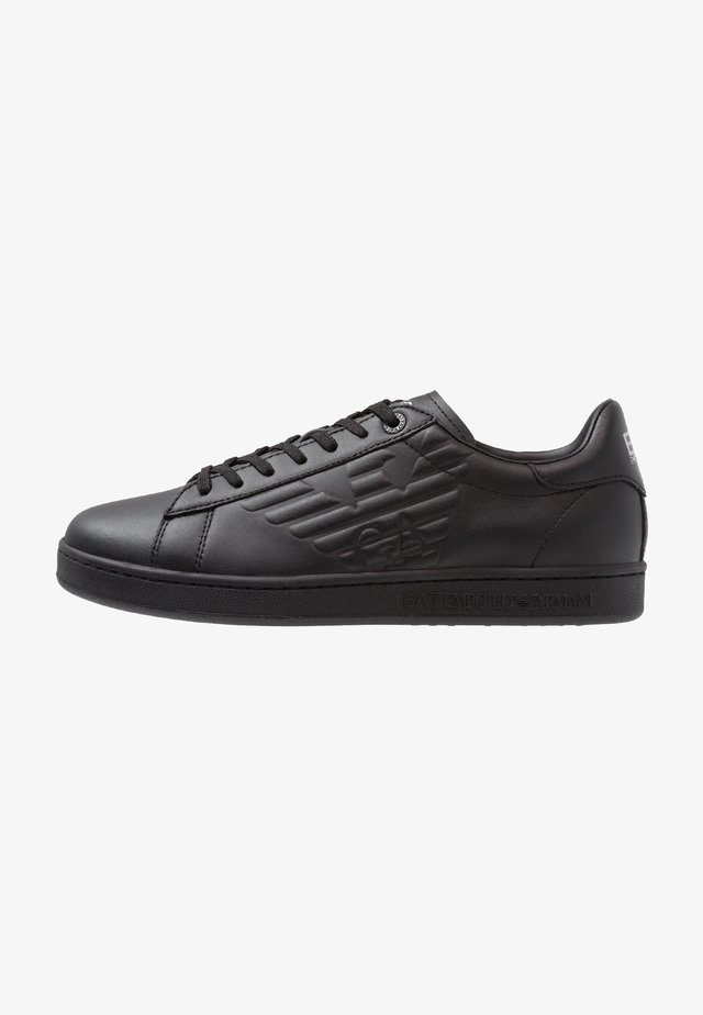 Zapatillas - triple black