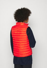 Tommy Hilfiger - ESSENTIAL PACK VEST - Waistcoat - oxidized orange - 3