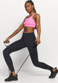 Nike Performance - ONE - Legginsy - black - 3