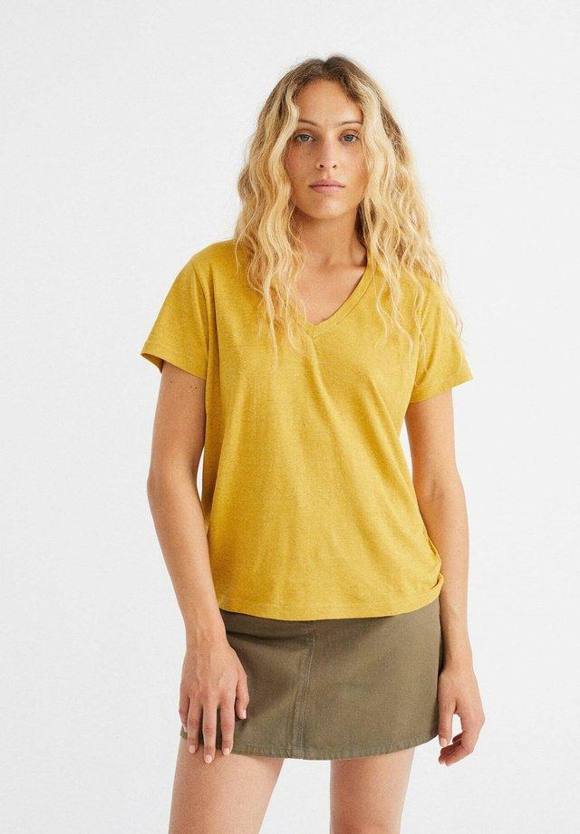 Basic T-shirt - mustard