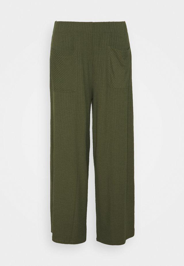 WIDE LEG TROUSER - Pantalon classique - khaki