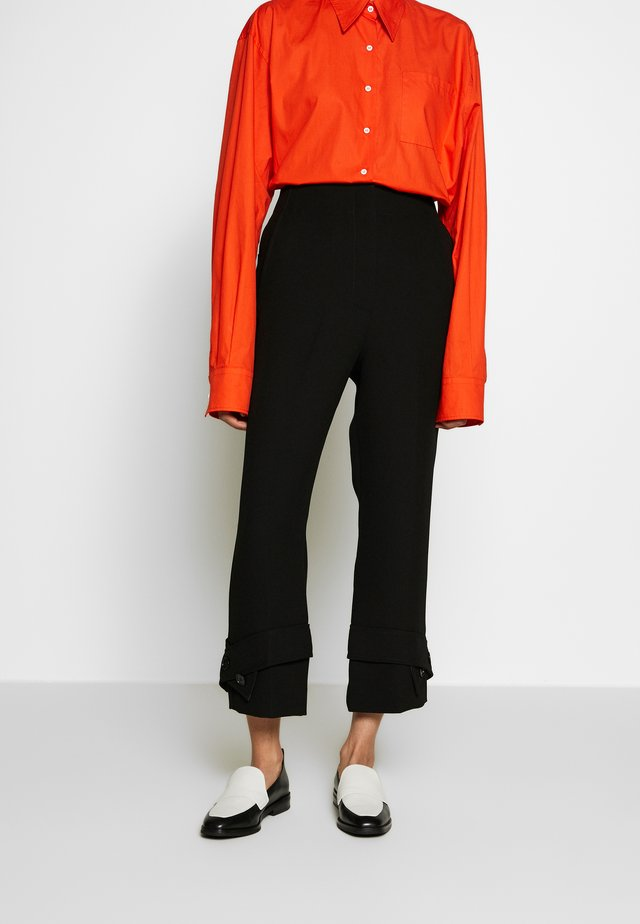 TROUSERS BELTED CUFF - Broek - black