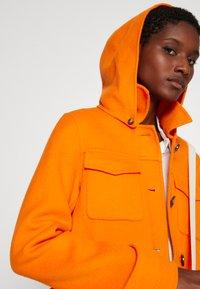 Oakwood - AMALFI - Klasický kabát - orange - 4