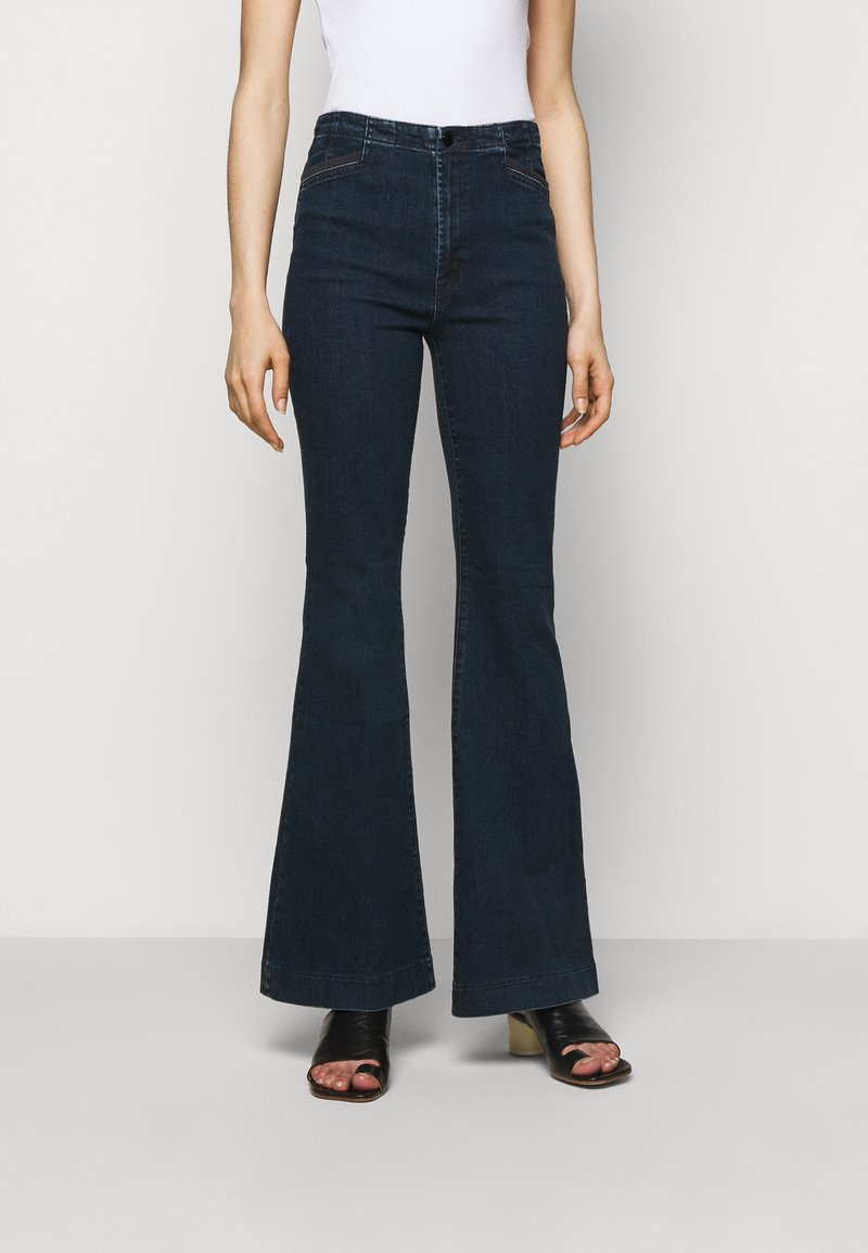 J Brand - DARTED HIGH RISE TROUSER - Flared Jeans - civility