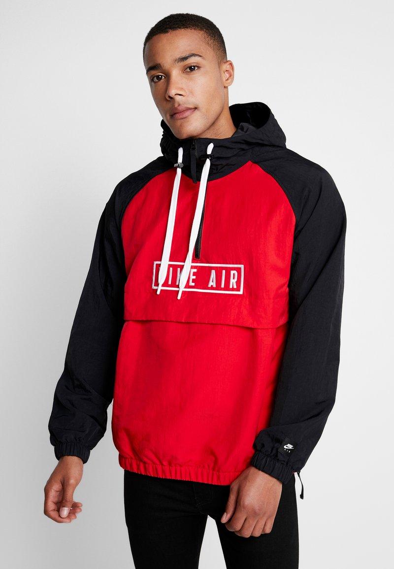Nike Sportswear - Windbreakers - university red/black