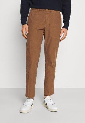 DENTON - Pantalon classique - highland khaki