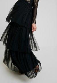 Maya Deluxe Maternity - EMBELLISHED BODICE MAXI DRESS - Maxikleid - black - 4