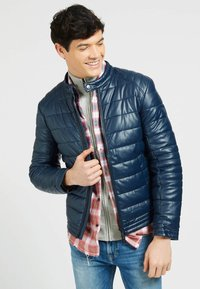 Guess - Winter jacket - blau - 0