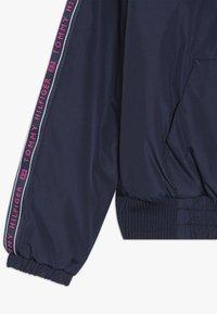 Tommy Hilfiger - ESSENTIAL TAPE JACKET - Light jacket - blue - 2