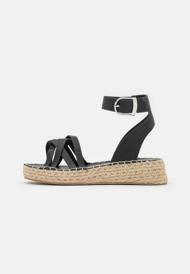 2 PART WITH MUTLI CROSS OVER STRAPS - Sandali con plateau - black