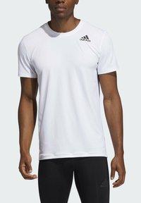 adidas Performance - TECHFIT COMPRESSION T-SHIRT - T-shirt - bas - white - 3