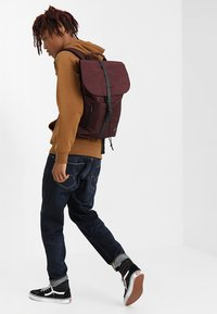 Spiral Bags - TRIBECA - Batoh - crosshatch burgundy - 1
