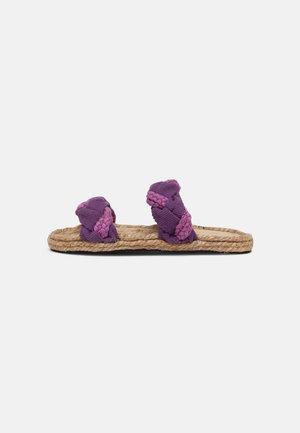 JUMP - Slip-ins - purple
