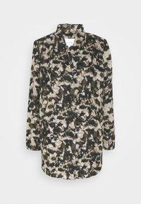 VICAMO COAT - Classic coat - forest night/black/birch