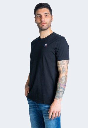 ESSENTIELS - T-shirt basic - black