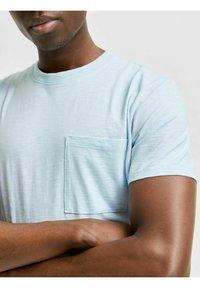 Selected Homme - T-shirt - bas - light blue melange - 3