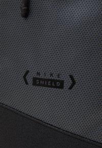 Nike Sportswear - ESSENTIAL - Rucksack - particle grey/black - 3