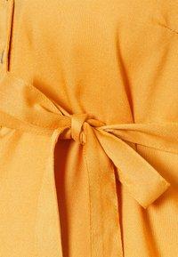 MAMALICIOUS - MLMERCY TUNIC - Tunic - golden apricot - 2