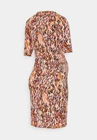 MAMALICIOUS - NURSING DRESS - Jersey dress - shell pink/green - 1